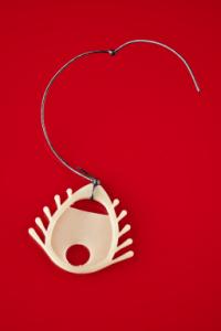 picture of defective 1970s IUD design, the Dalkon Shield