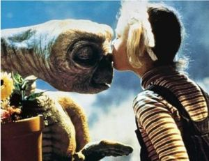 ET getting kissed