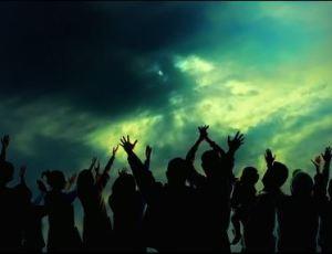 God - people praising